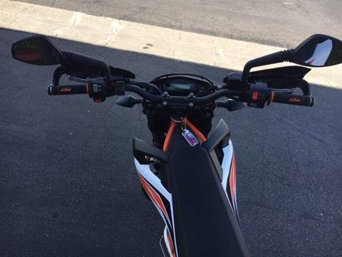 2020 KTM 690 SMC R in Costa Mesa, California - Photo 13