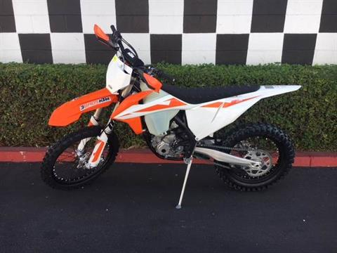 2019 KTM 250 XC-F in Costa Mesa, California - Photo 2