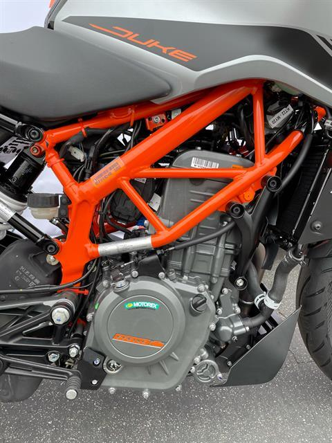 2021 KTM 390 Duke in Costa Mesa, California - Photo 2