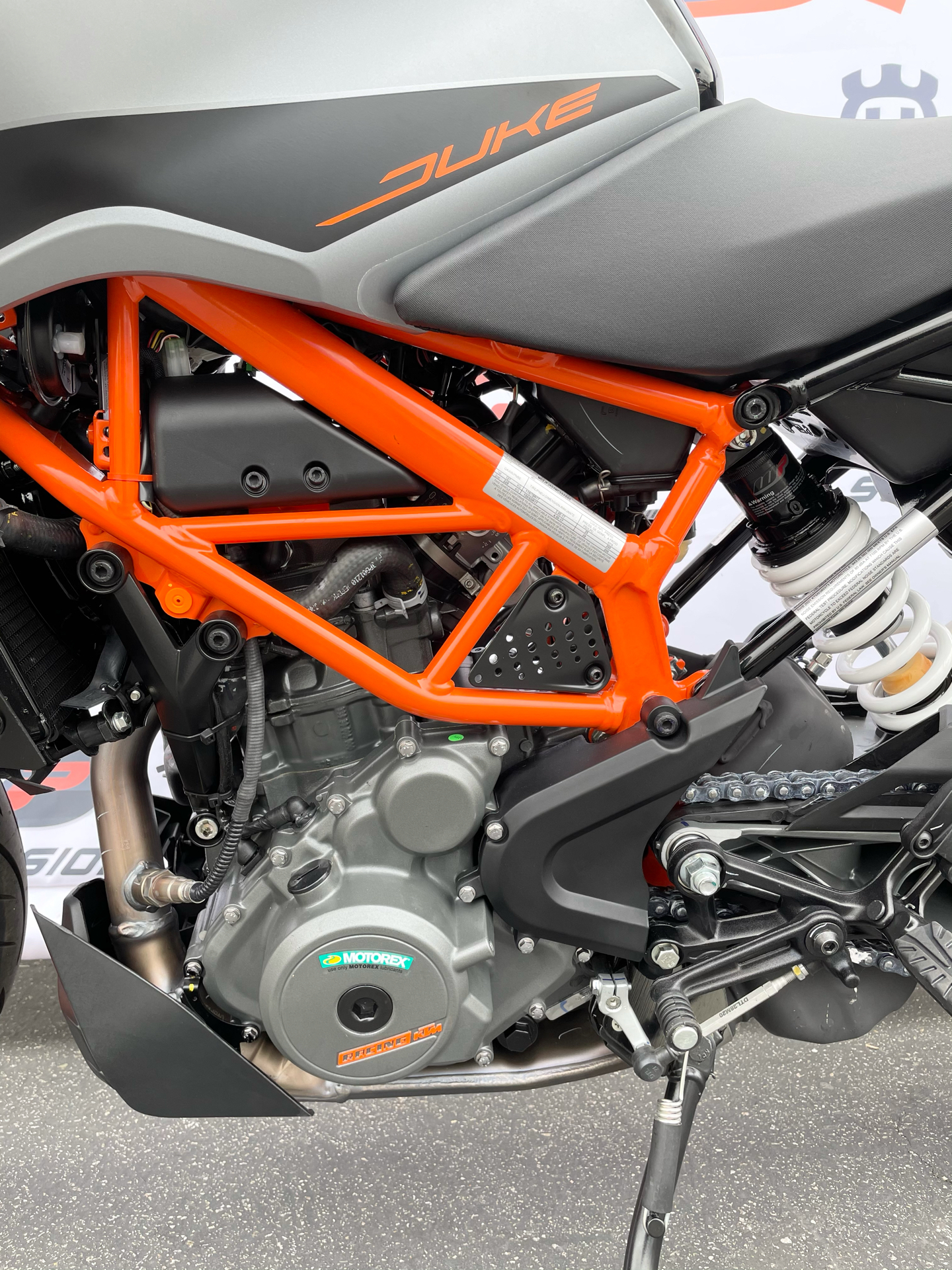 2021 KTM 390 Duke in Costa Mesa, California - Photo 4