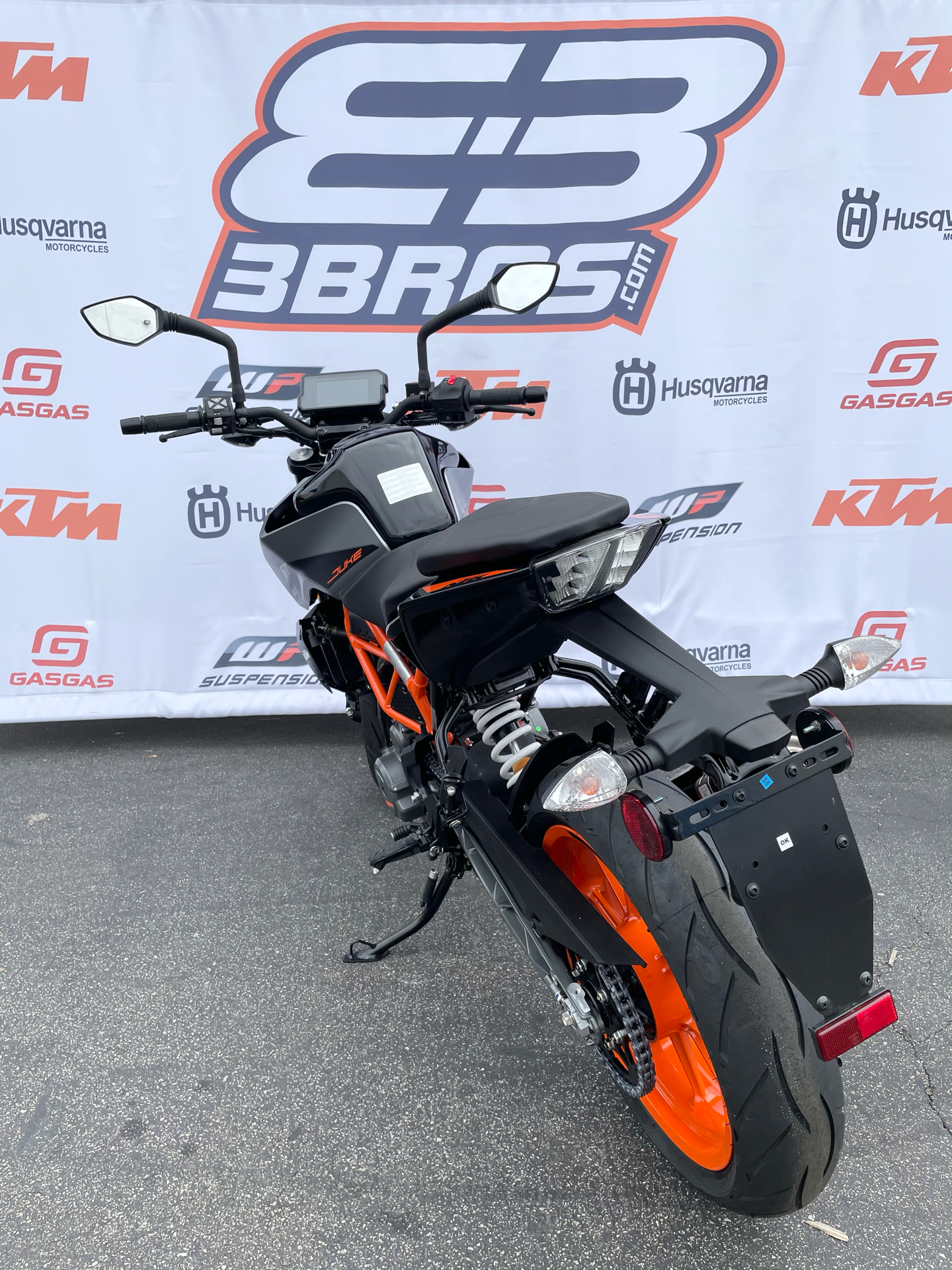 2021 KTM 390 Duke in Costa Mesa, California - Photo 6