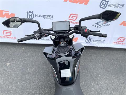 2021 KTM 390 Duke in Costa Mesa, California - Photo 7