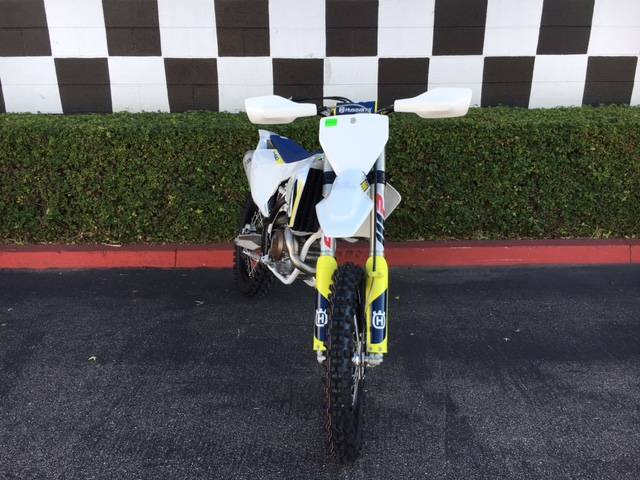 2018 Husqvarna FX 450 in Costa Mesa, California - Photo 3