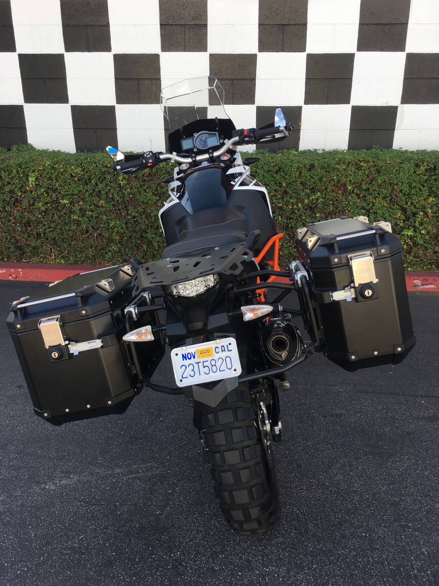 2017 KTM 1090 Adventure R in Costa Mesa, California - Photo 4