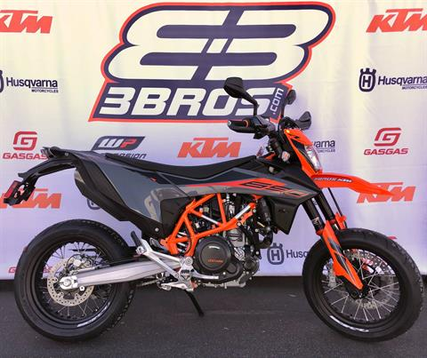 2021 KTM 690 SMC R in Costa Mesa, California - Photo 1