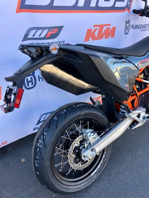 2021 KTM 690 SMC R in Costa Mesa, California - Photo 8