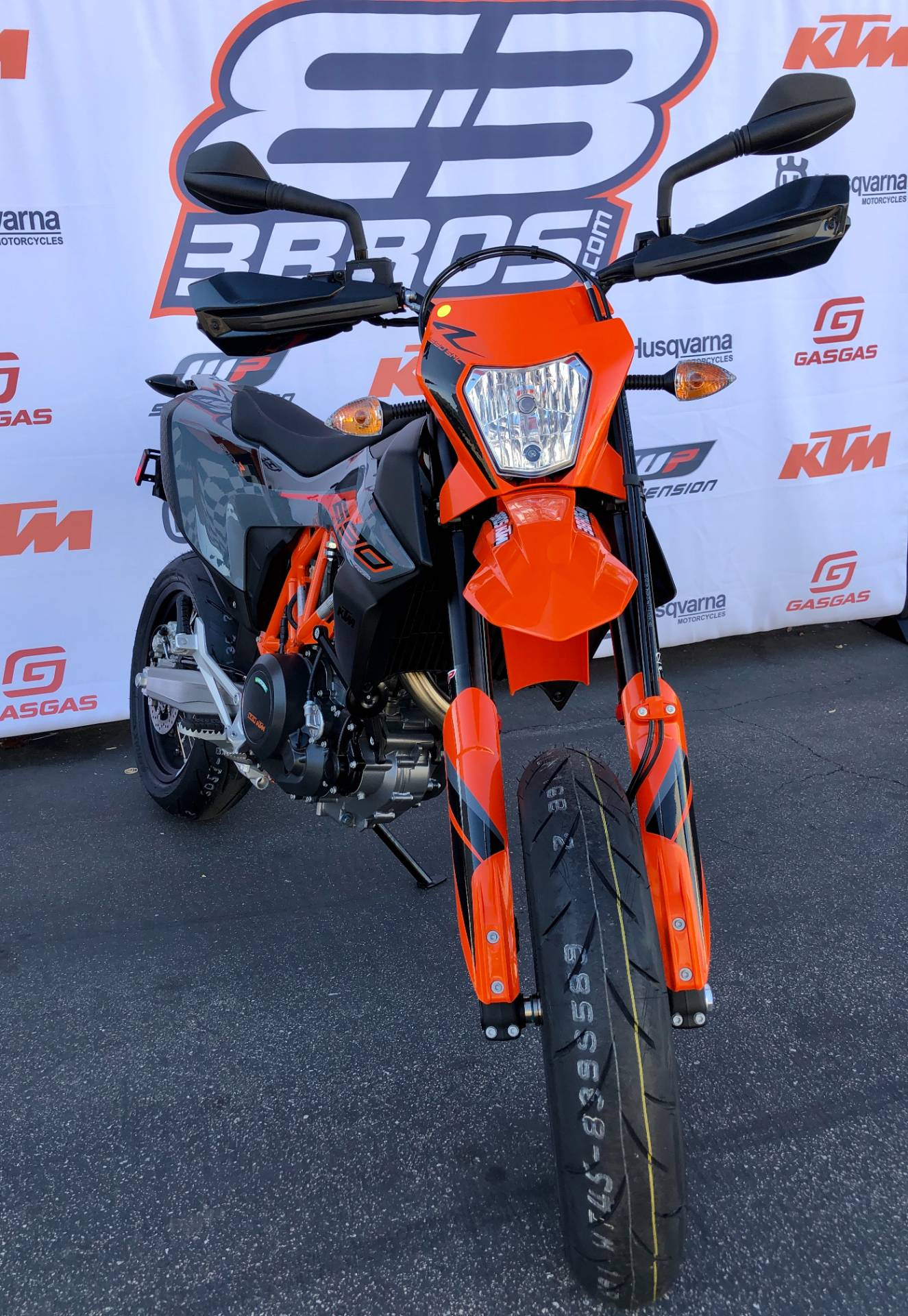 2021 KTM 690 SMC R in Costa Mesa, California - Photo 5