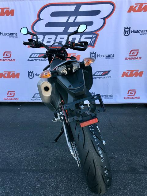 2021 KTM 690 SMC R in Costa Mesa, California - Photo 6