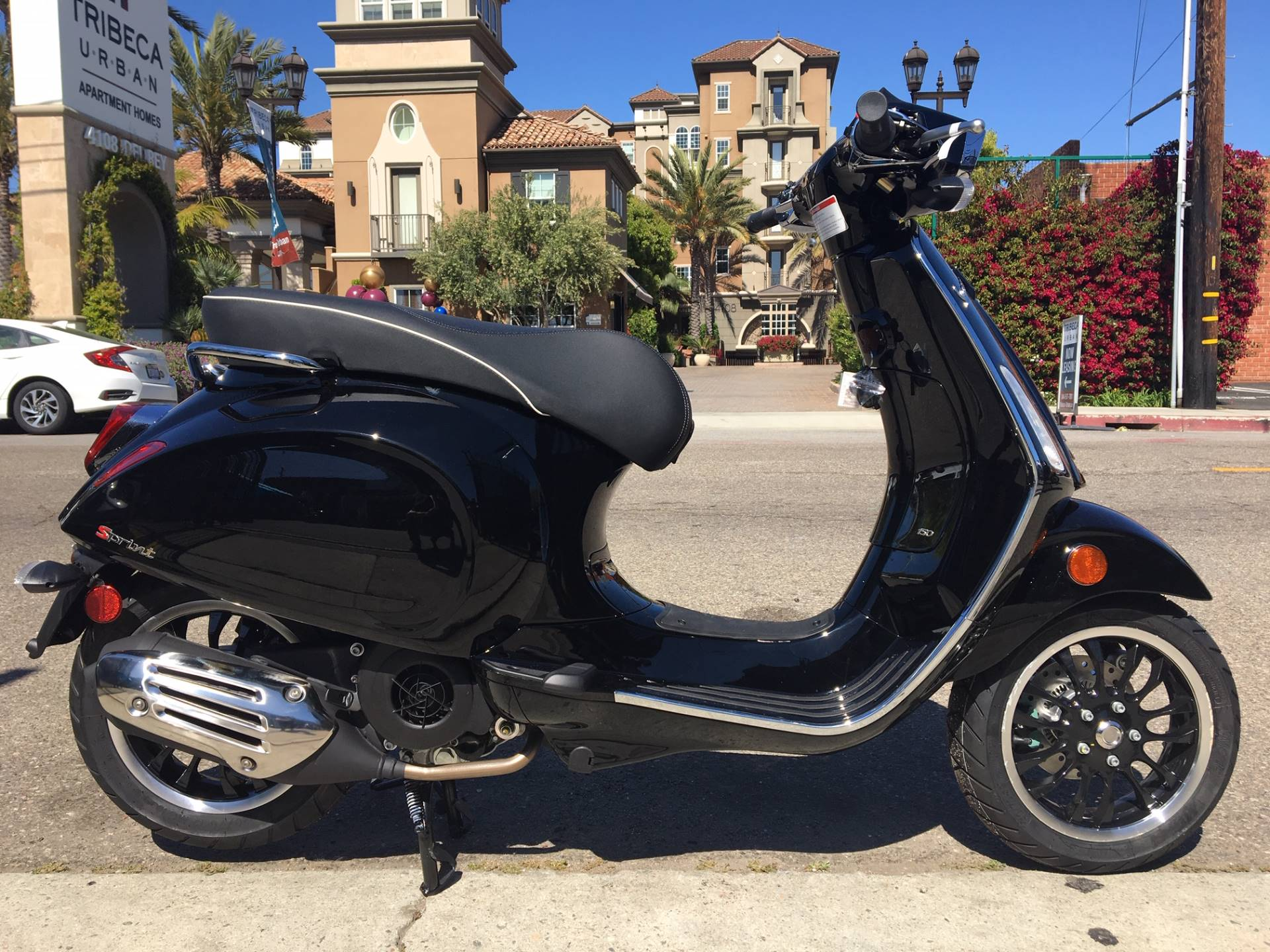 2019 Vespa Sprint 150 in Marina Del Rey, California - Photo 1
