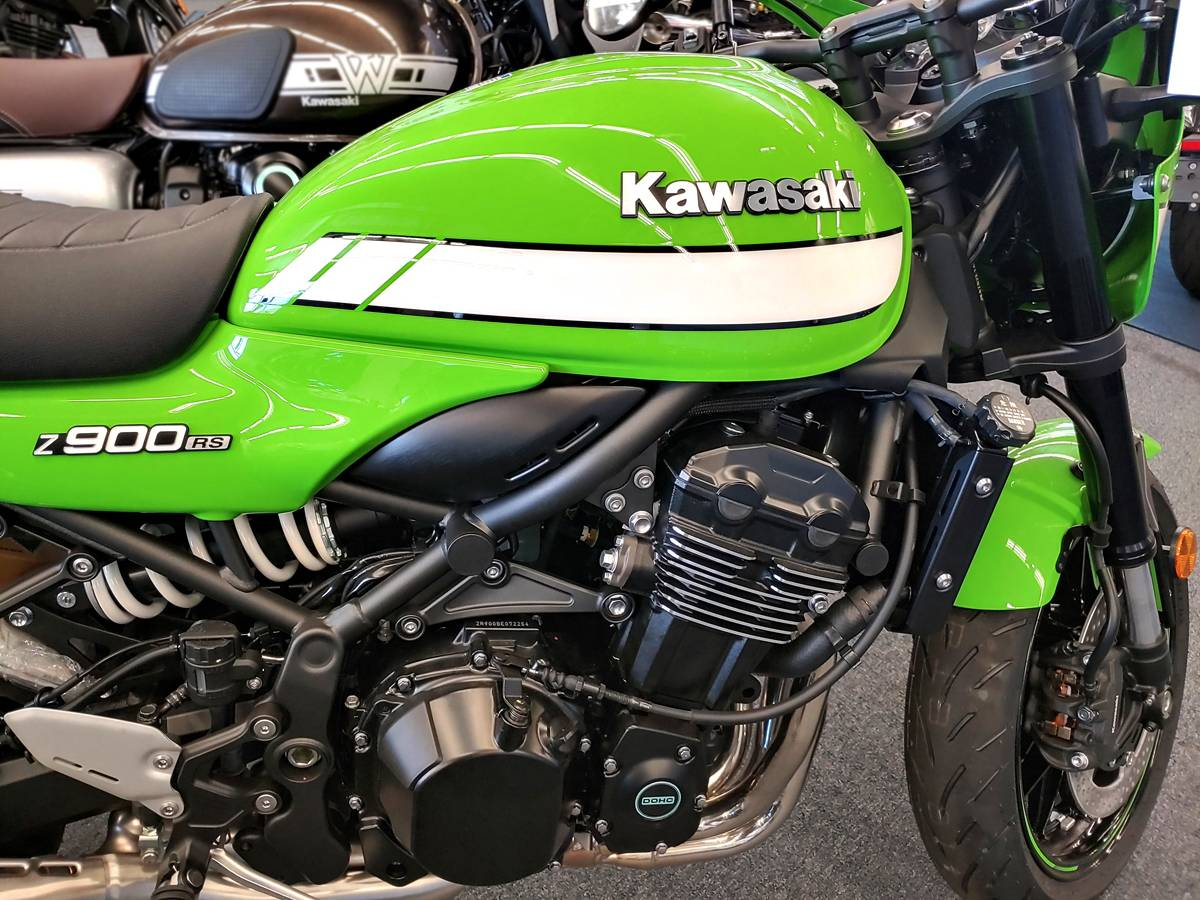2019 Kawasaki Z900RS Cafe in Marina Del Rey, California - Photo 2