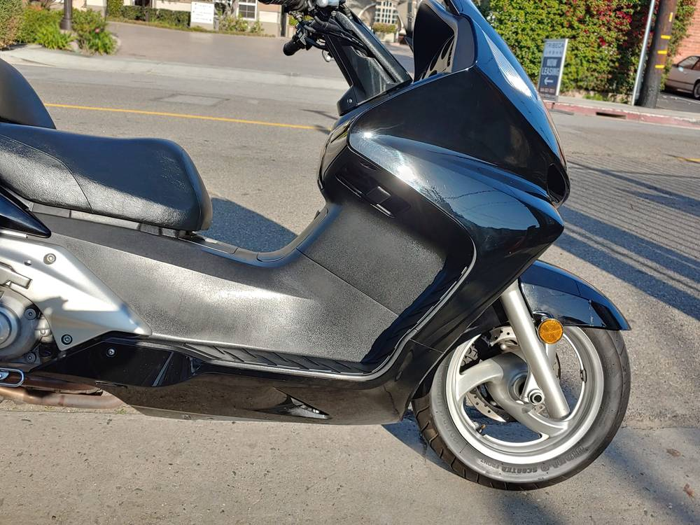 2005 Honda Silver Wing in Marina Del Rey, California - Photo 2