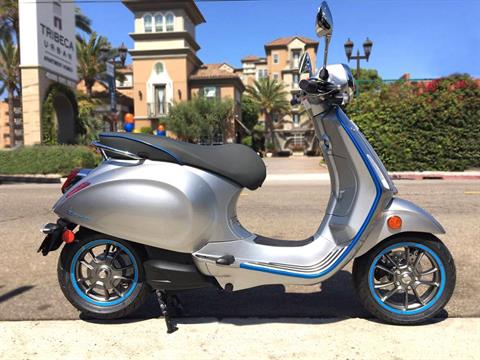 2020 Vespa Elettrica 4 Kw in Marina Del Rey, California - Photo 1