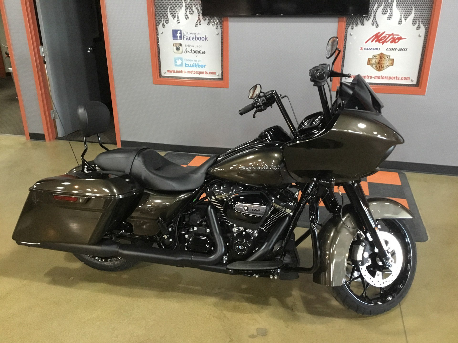 2020 Harley-Davidson Road Glide® Special in Cedar Rapids, Iowa - Photo 1