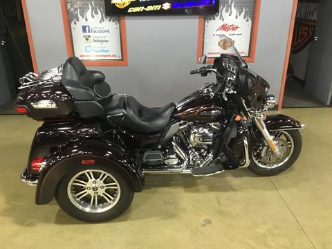 2014 Harley-Davidson Tri Glide® Ultra in Cedar Rapids, Iowa - Photo 1