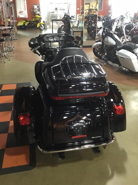 2014 Harley-Davidson Tri Glide® Ultra in Cedar Rapids, Iowa - Photo 4