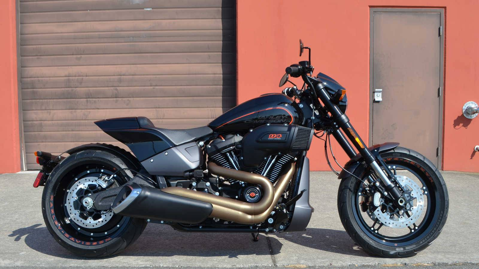 2019 Harley-Davidson FXDR™ 114 in Burlington, Washington - Photo 2