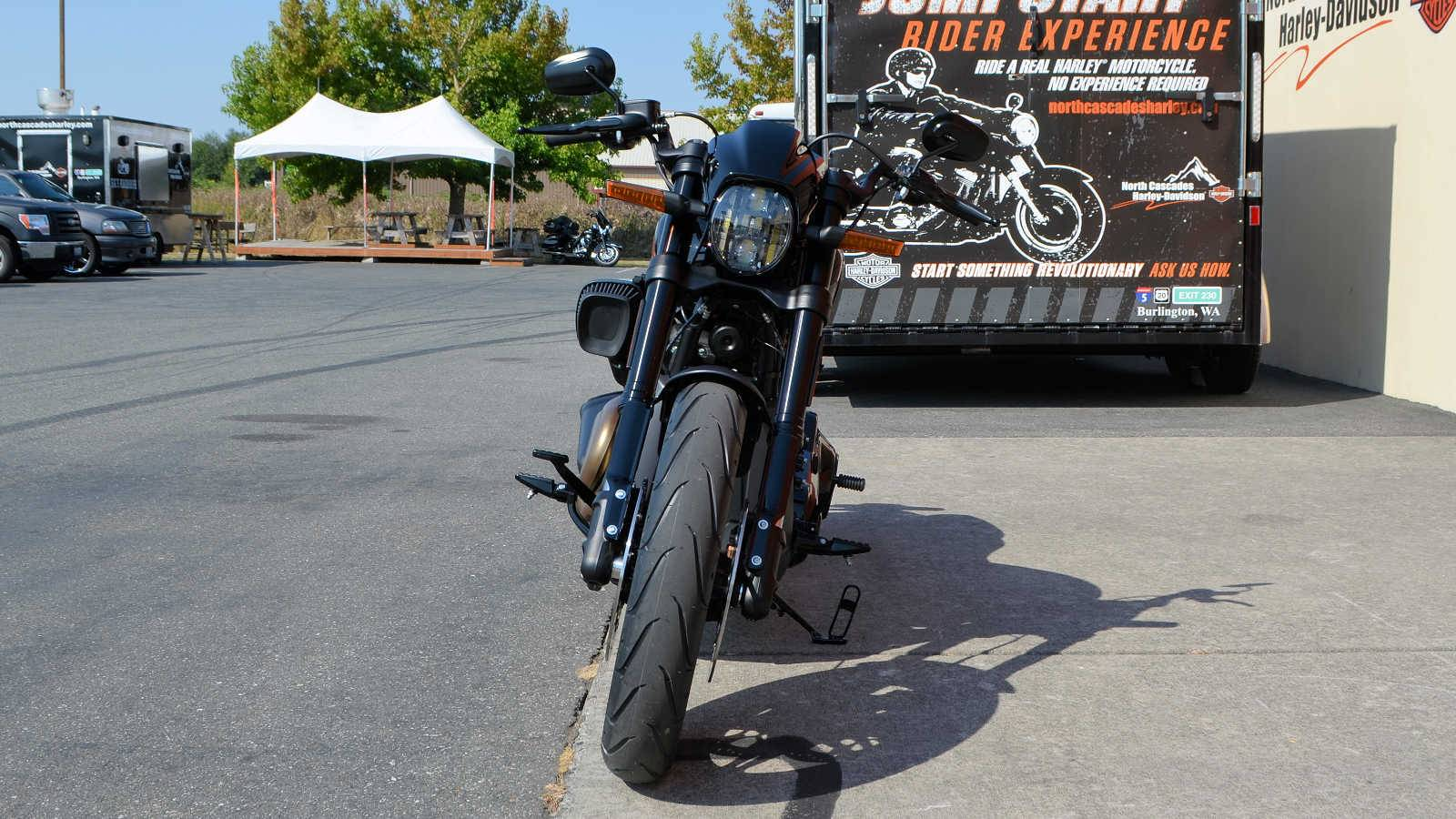 2019 Harley-Davidson FXDR™ 114 in Burlington, Washington - Photo 5