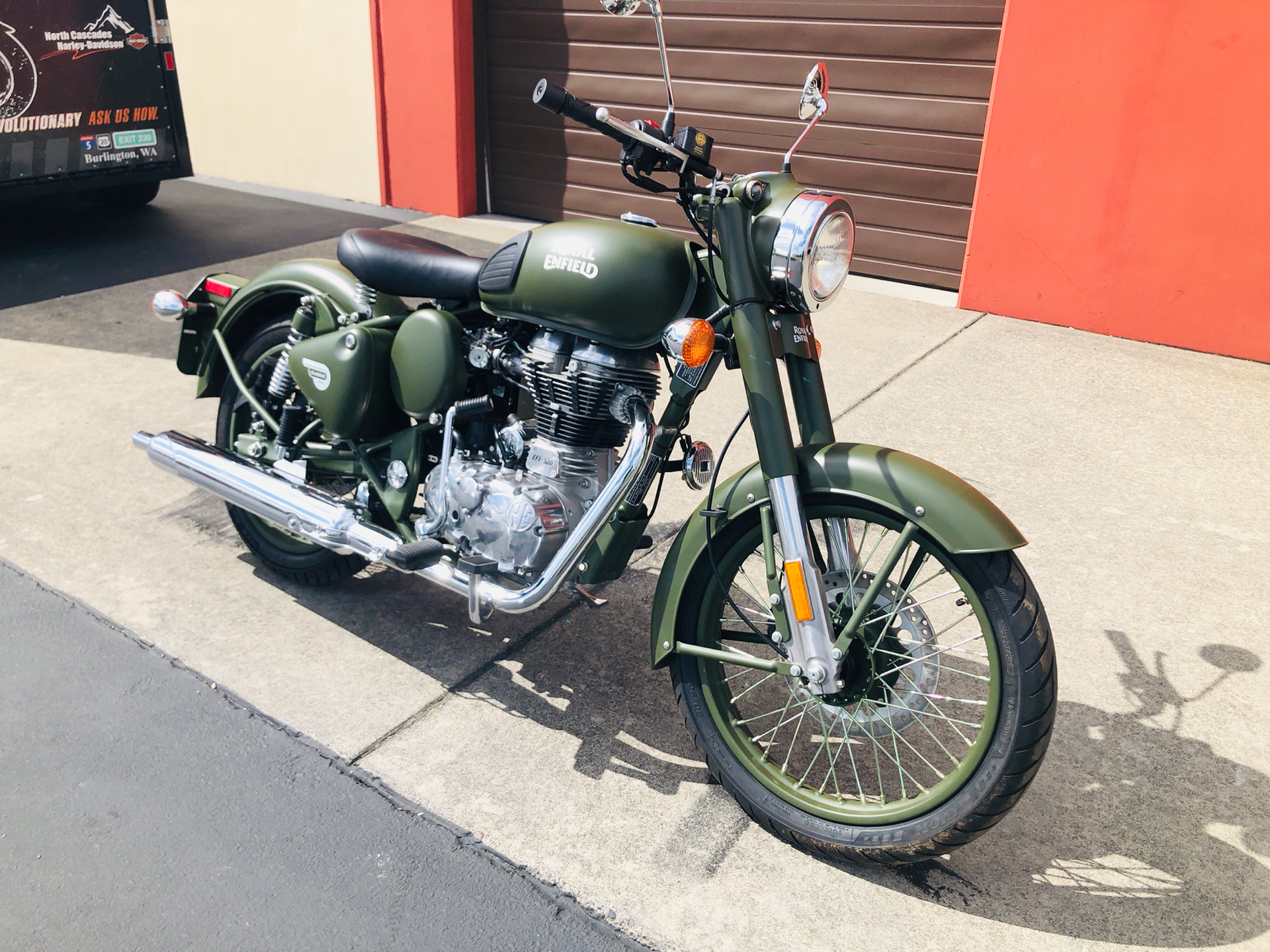 2019 Royal Enfield Classic Military ABS in Burlington, Washington - Photo 4