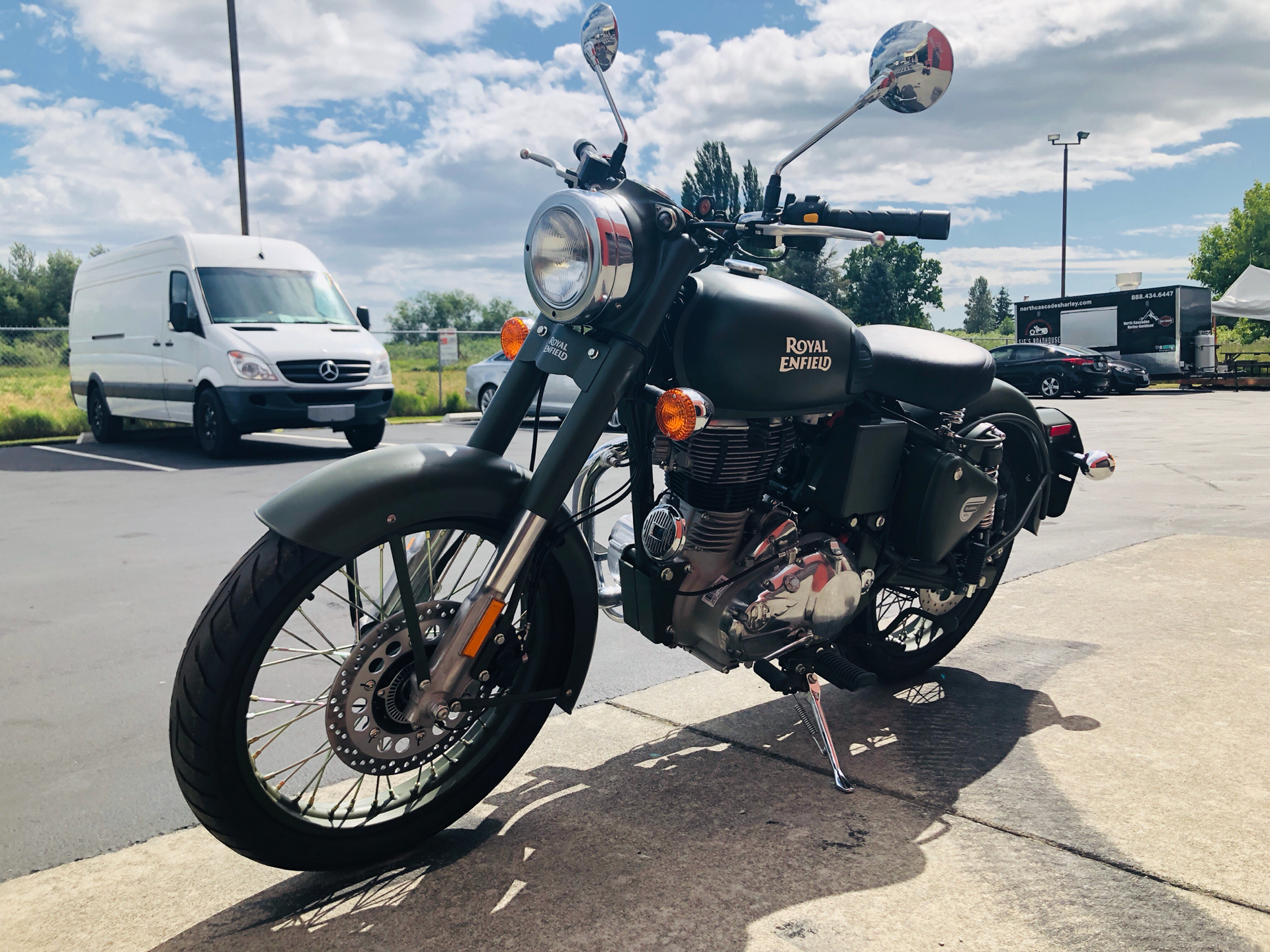 2019 Royal Enfield Classic Military ABS in Burlington, Washington - Photo 6