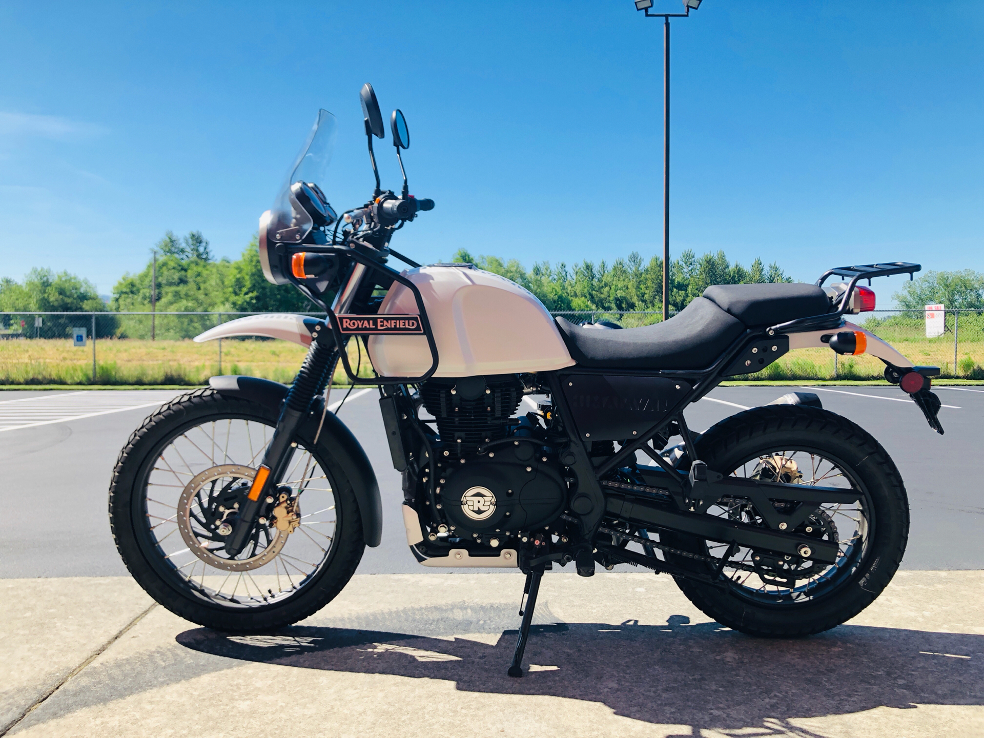2019 Royal Enfield Himalayan 411 EFI in Burlington, Washington - Photo 6