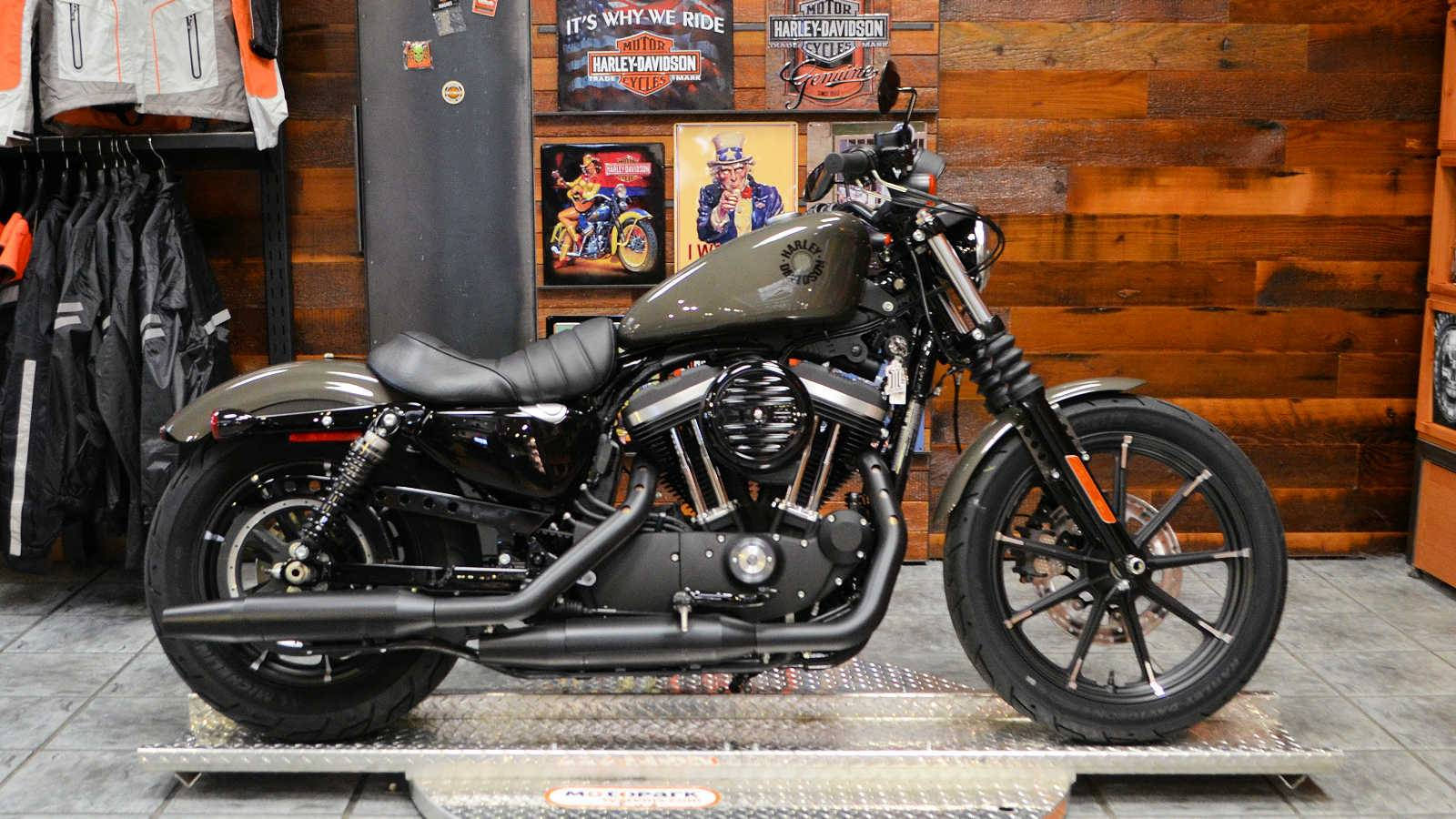 2019 Harley-Davidson Iron 883™ in Burlington, Washington