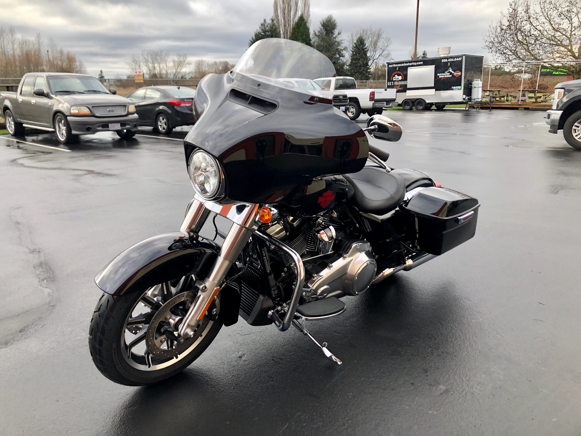 2020 Harley-Davidson Electra Glide® Standard in Burlington, Washington - Photo 5