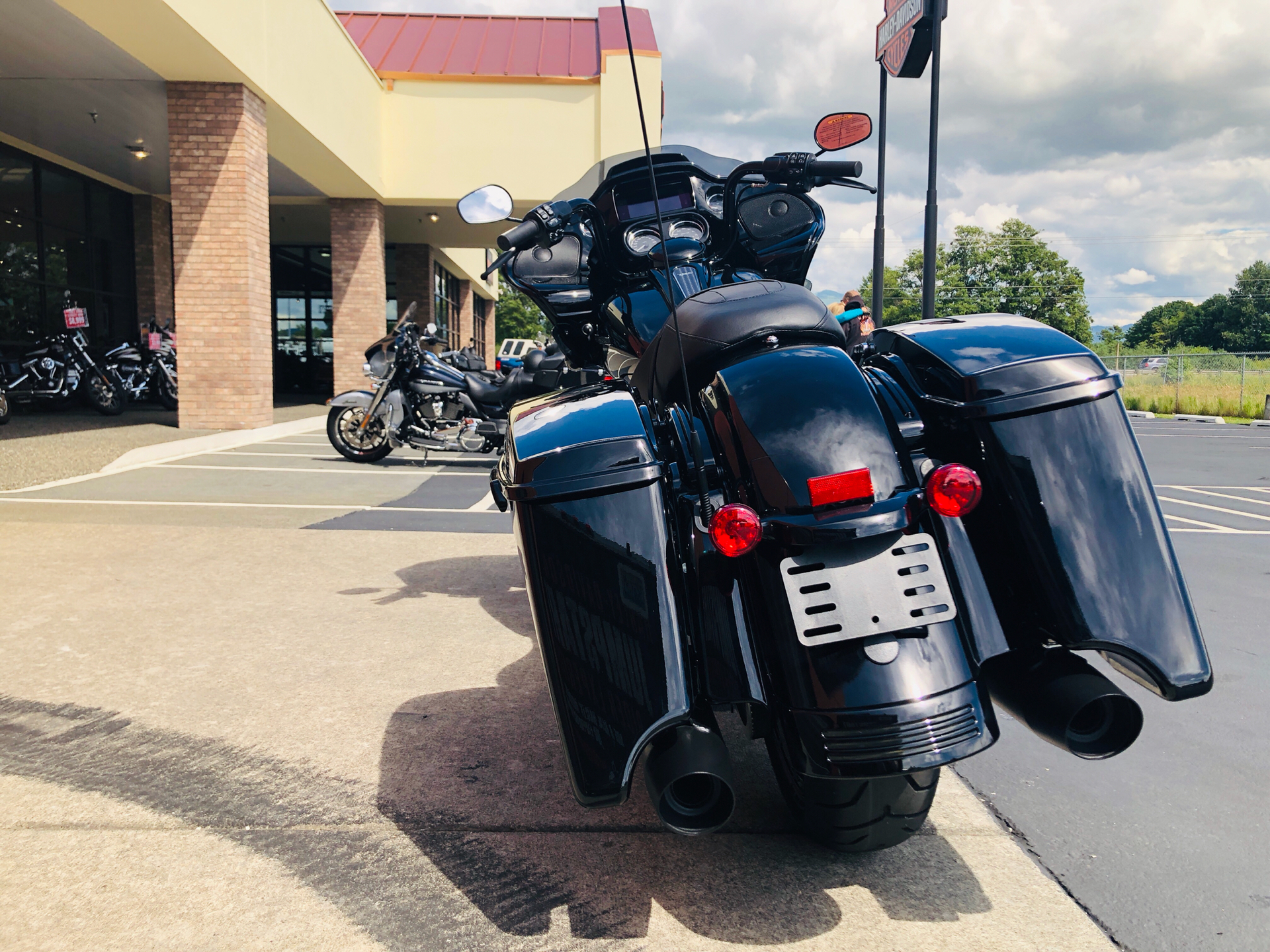2019 Harley-Davidson Road Glide® Special in Burlington, Washington - Photo 8