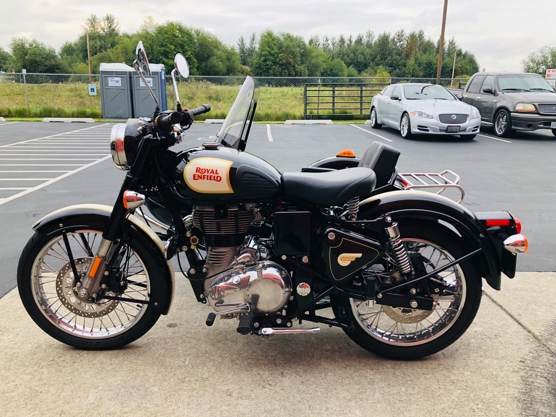 2019 Royal Enfield Classic 500 ABS in Burlington, Washington - Photo 7