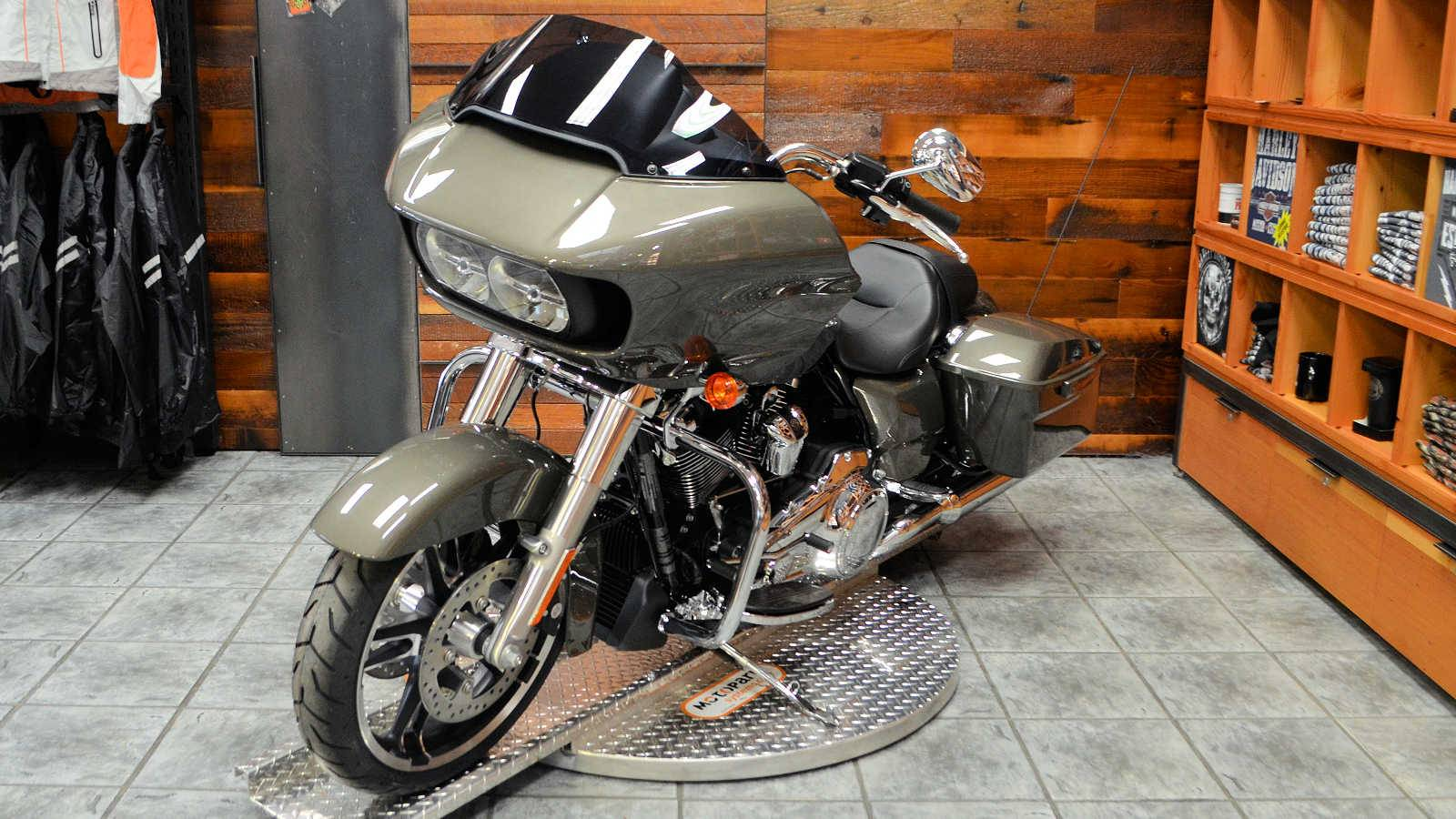 2019 Harley-Davidson Road Glide® in Burlington, Washington - Photo 6