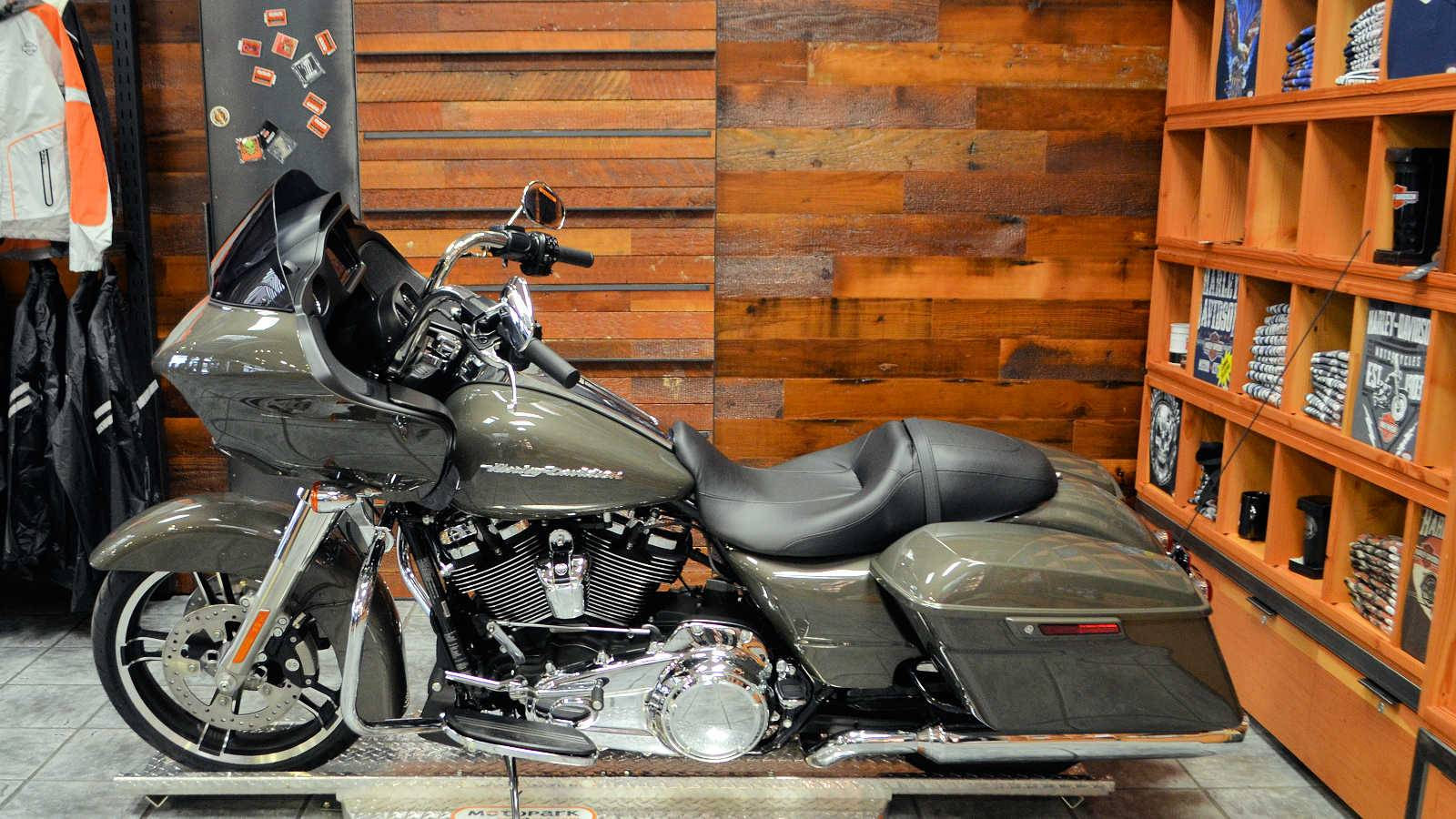 2019 Harley-Davidson Road Glide® in Burlington, Washington - Photo 7