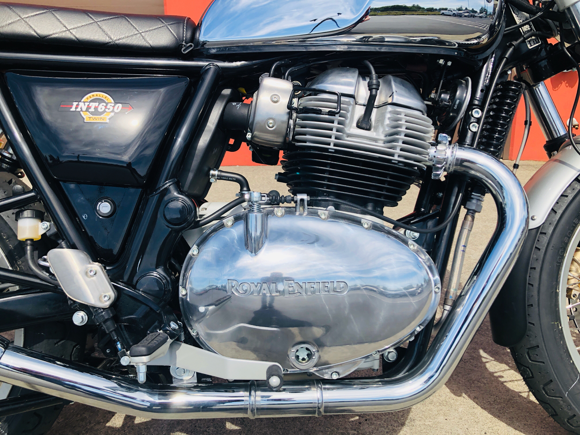 2019 Royal Enfield INT650 in Burlington, Washington - Photo 2