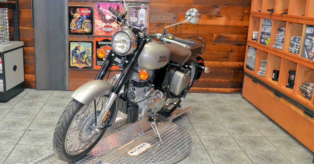 2018 Royal Enfield Classic Military ABS in Burlington, Washington - Photo 6