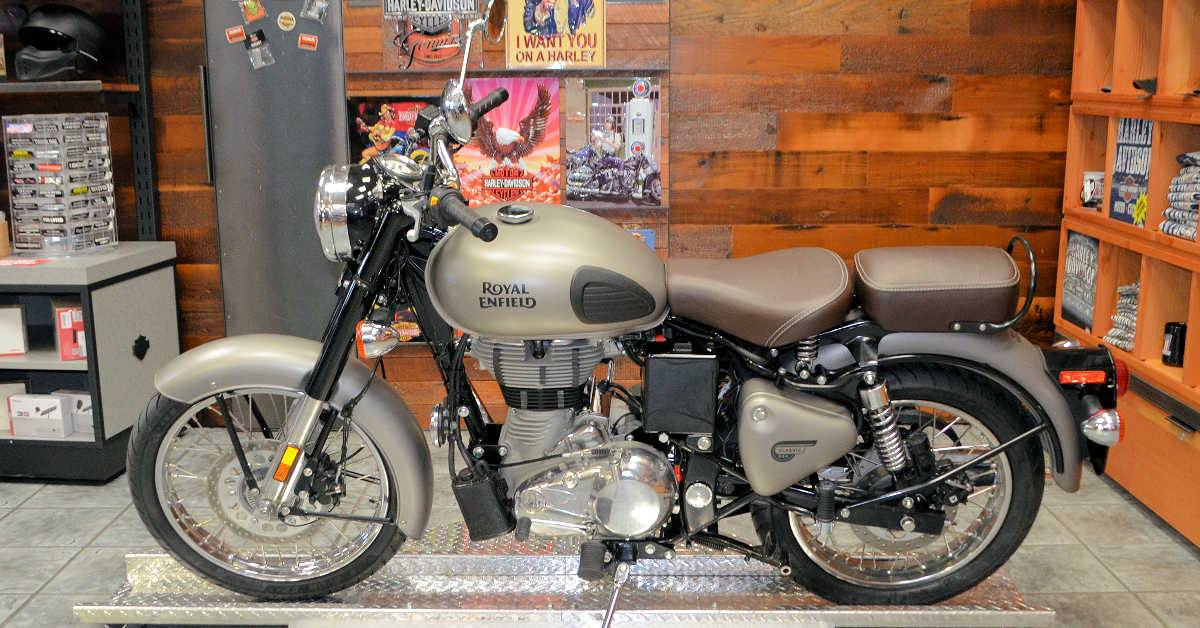 2018 Royal Enfield Classic Military ABS in Burlington, Washington - Photo 7