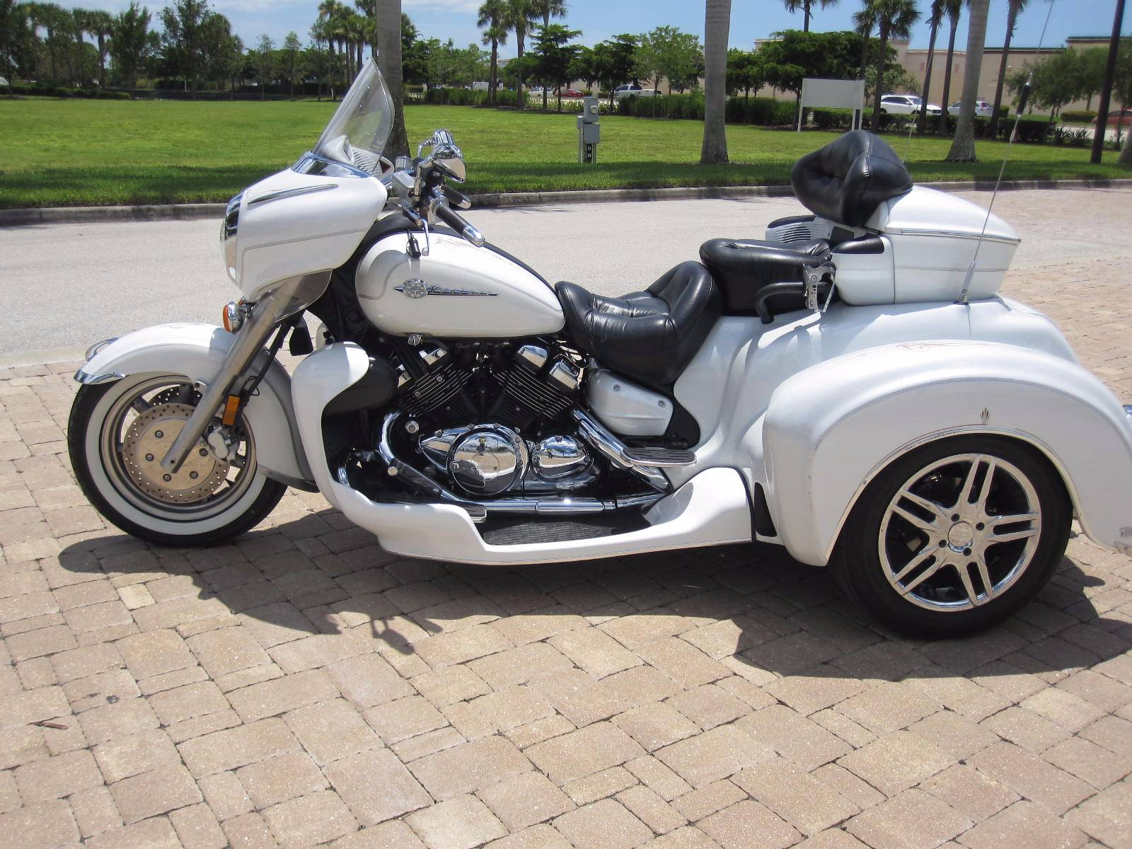 2004 Yamaha VENTURE in Fort Myers, Florida