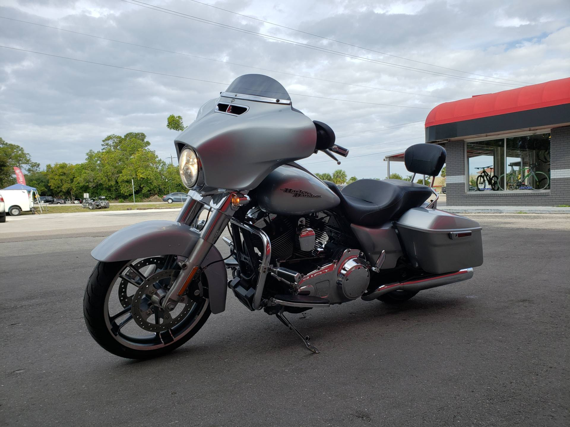 2014 Harley-Davidson Street Glide® in Fort Myers, Florida - Photo 3