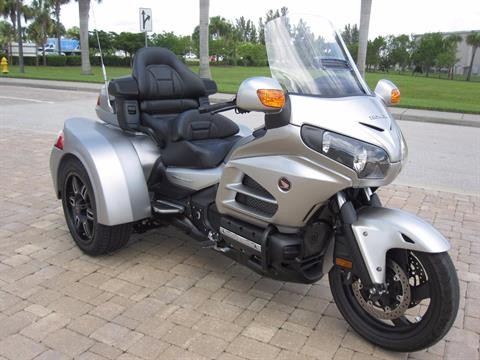 2016 Honda Goldwing in Fort Myers, Florida - Photo 2