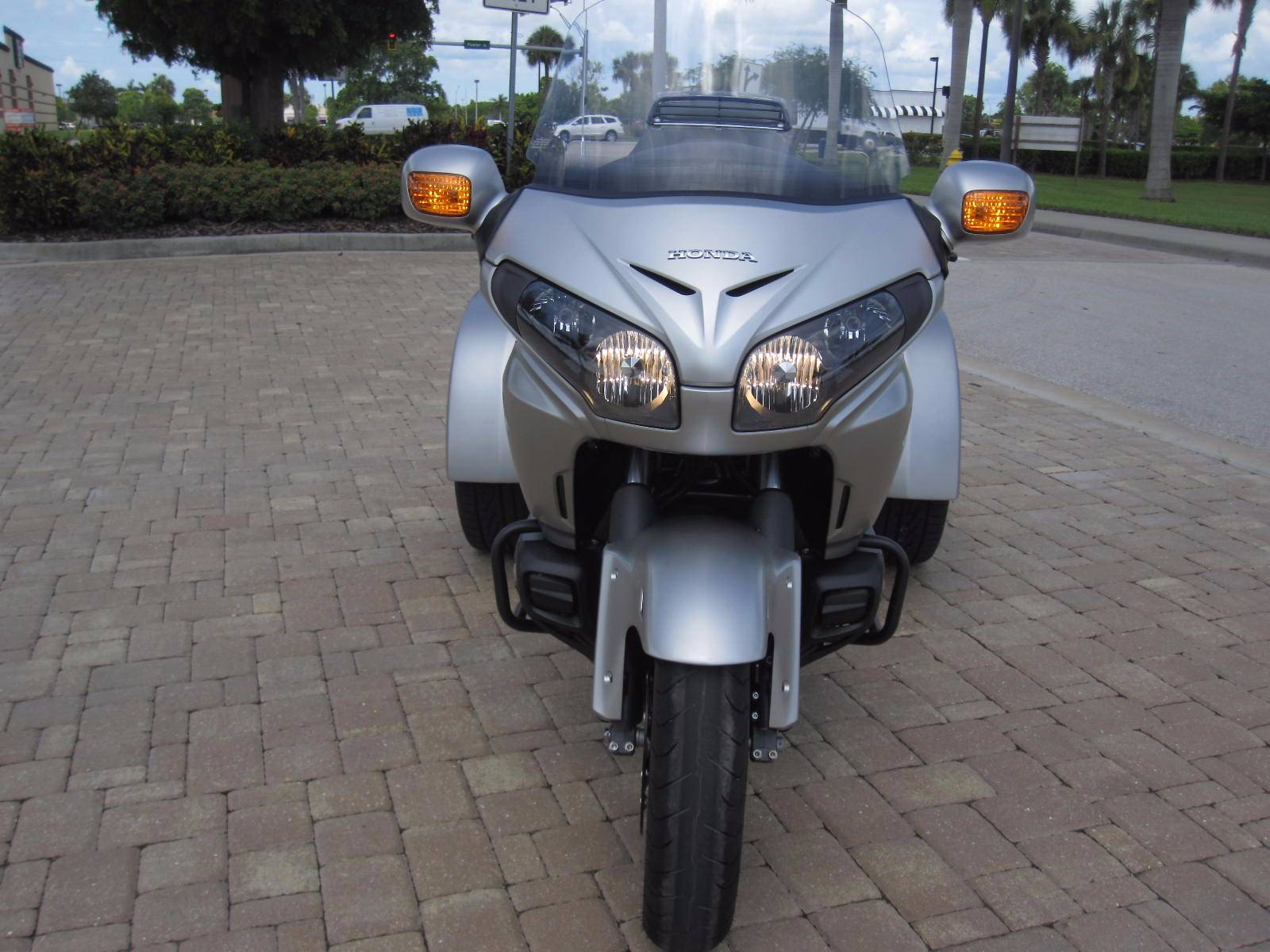 2016 Honda Goldwing in Fort Myers, Florida - Photo 3
