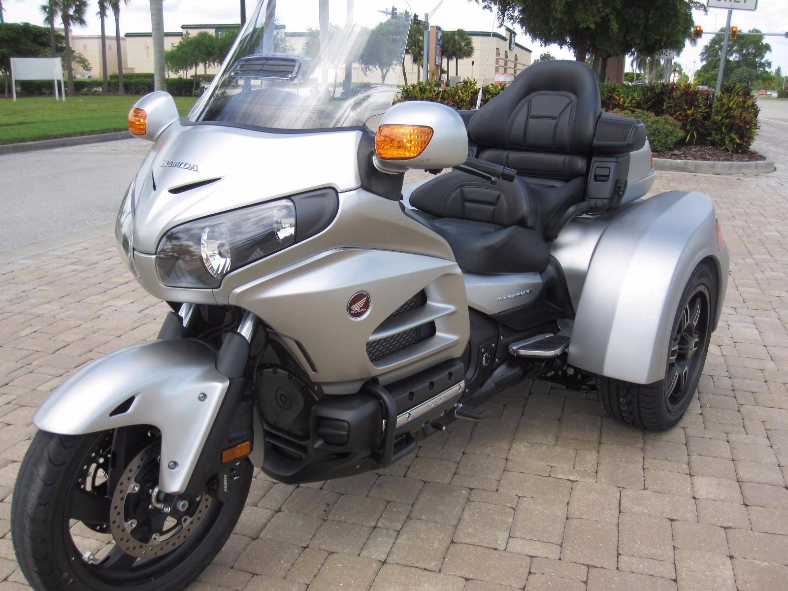 new 2016 honda goldwing trikes in fort myers fl stock. Black Bedroom Furniture Sets. Home Design Ideas