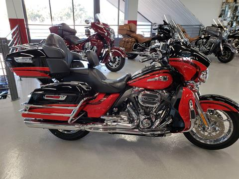 2016 Harley-Davidson CVO™ Limited in Fort Myers, Florida