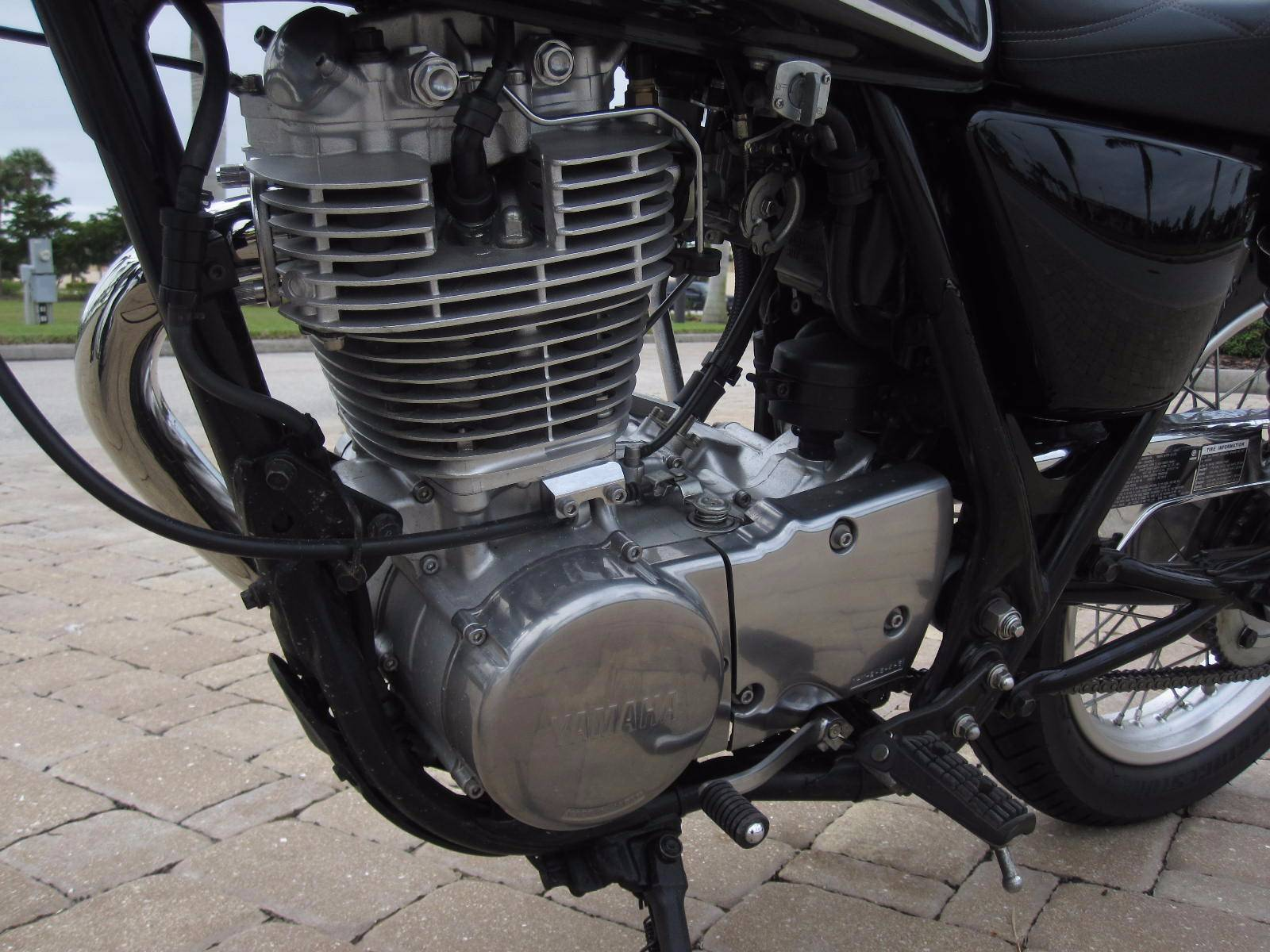 2015 Yamaha SR400 in Fort Myers, Florida