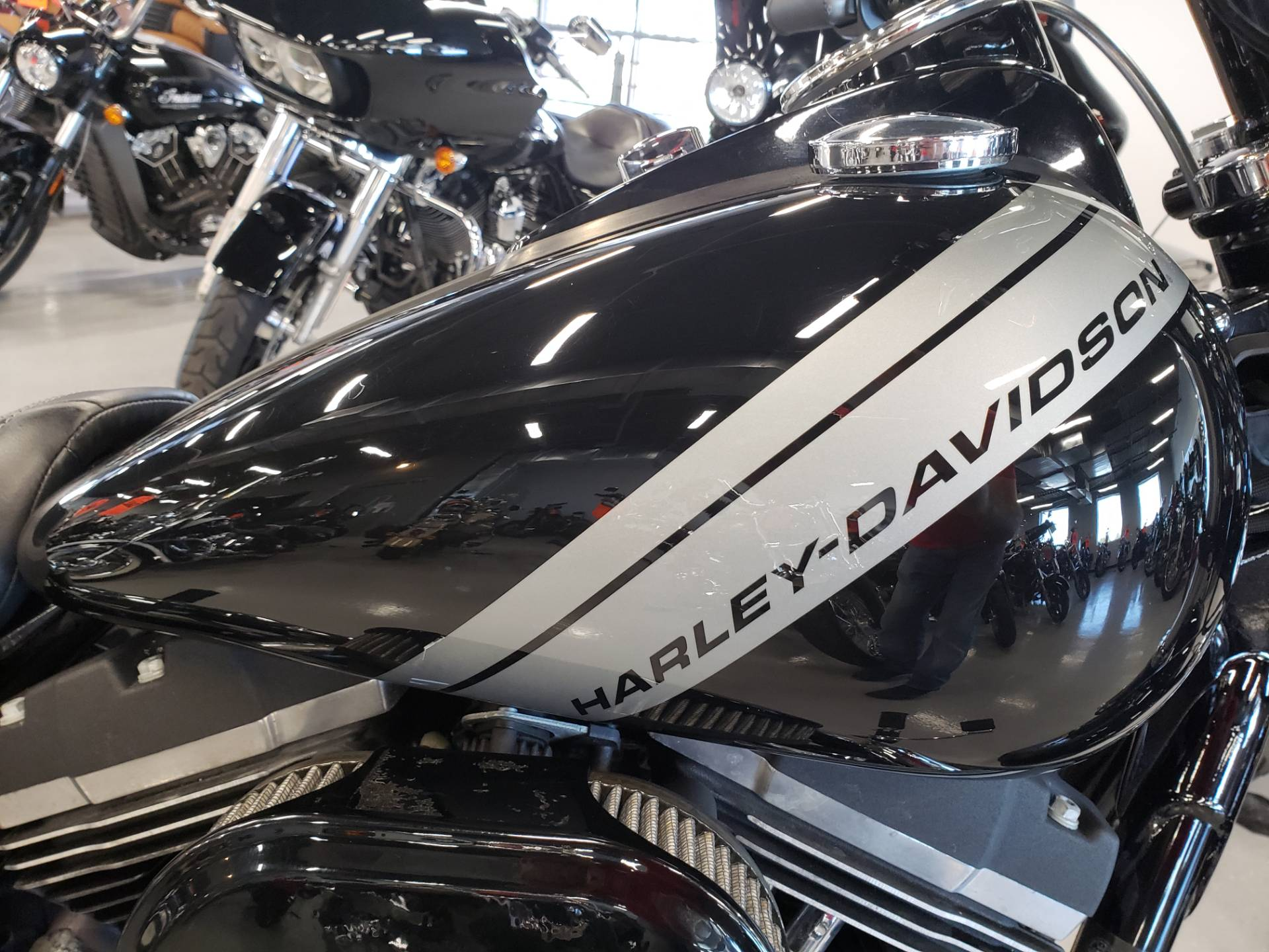 2016 Harley-Davidson Fat Bob® in Fort Myers, Florida - Photo 5