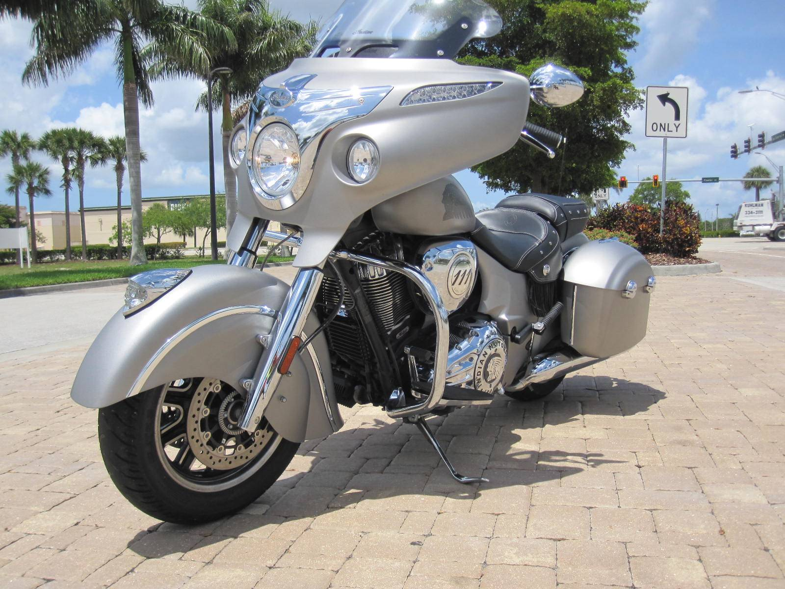 2016 Indian Chieftain® in Fort Myers, Florida