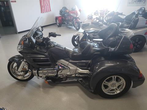 2005 HONDA Goldwing in Fort Myers, Florida - Photo 2