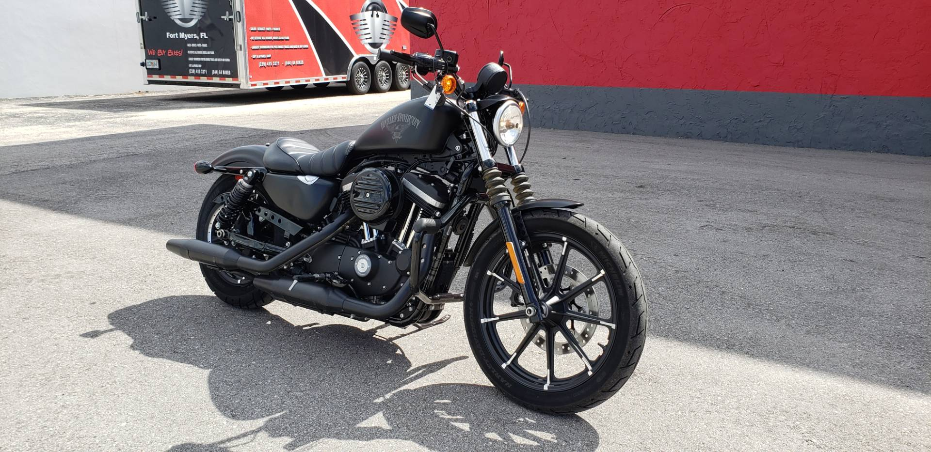2017 Harley-Davidson Iron 883™ in Fort Myers, Florida - Photo 3