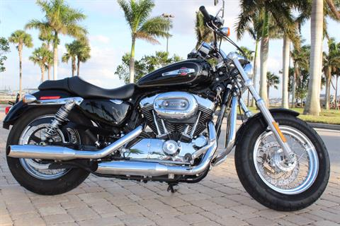 2017 Harley-Davidson 1200 Custom in Fort Myers, Florida