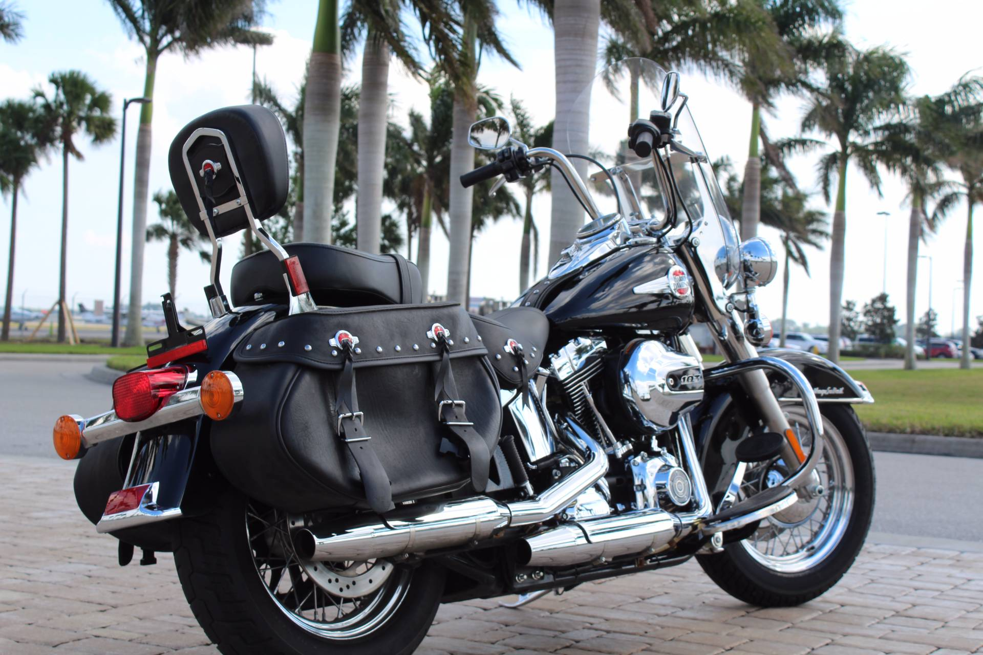 2017 Harley-Davidson Heritage Softail® Classic in Fort Myers, Florida - Photo 8