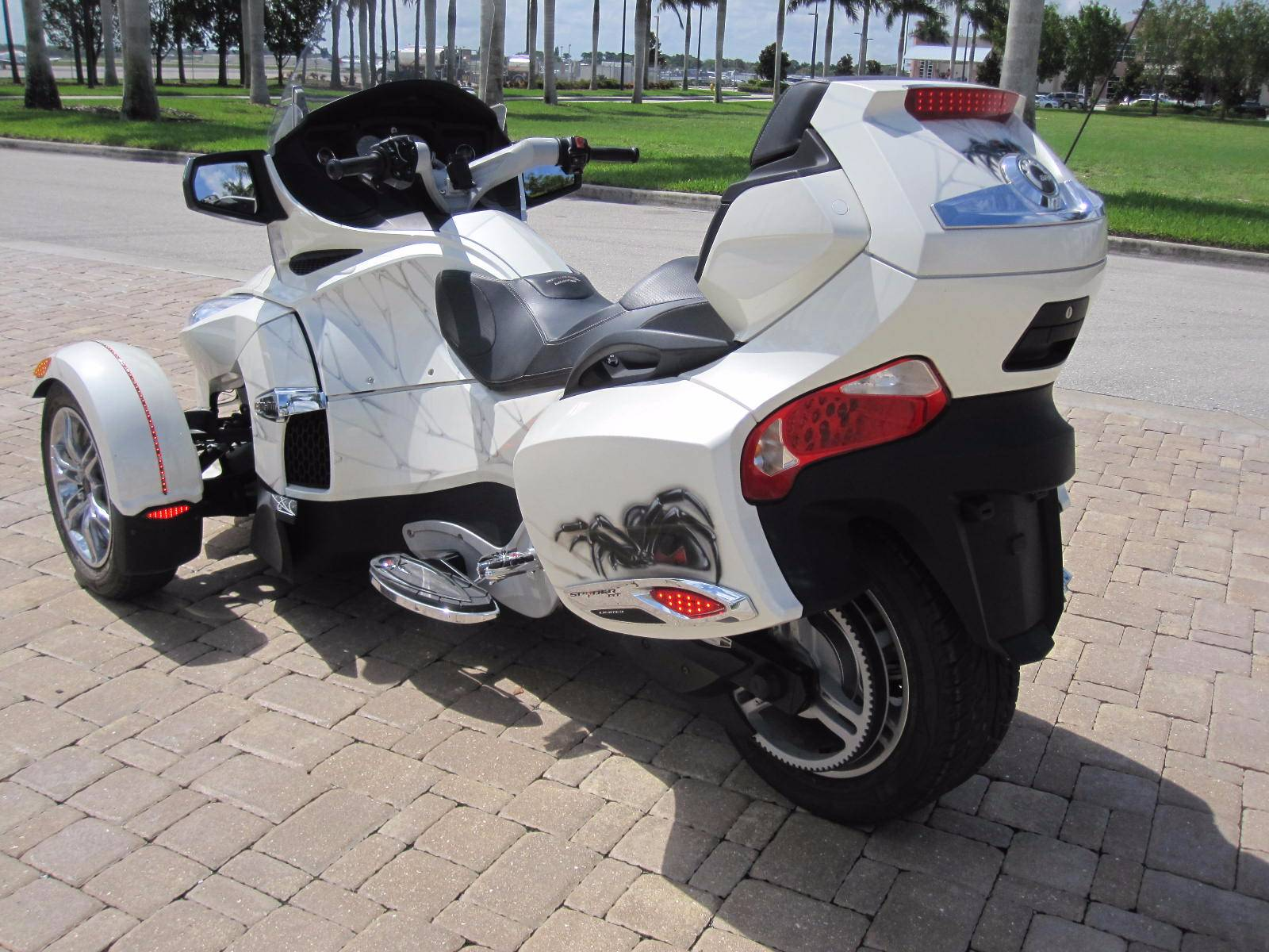 2012 Can-Am Spyder RT Limited in Fort Myers, Florida