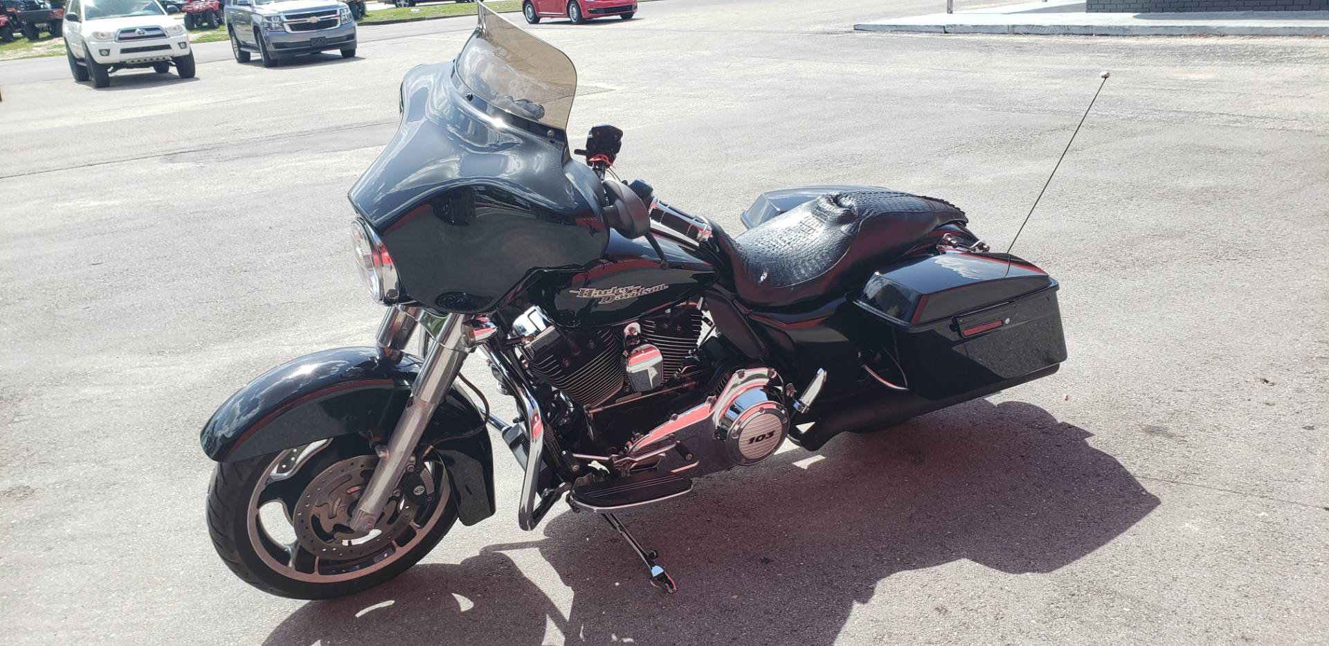 2011 Harley-Davidson Street Glide® in Fort Myers, Florida - Photo 3