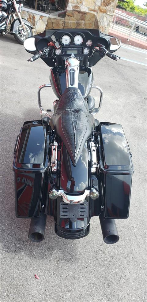2011 Harley-Davidson Street Glide® in Fort Myers, Florida - Photo 4