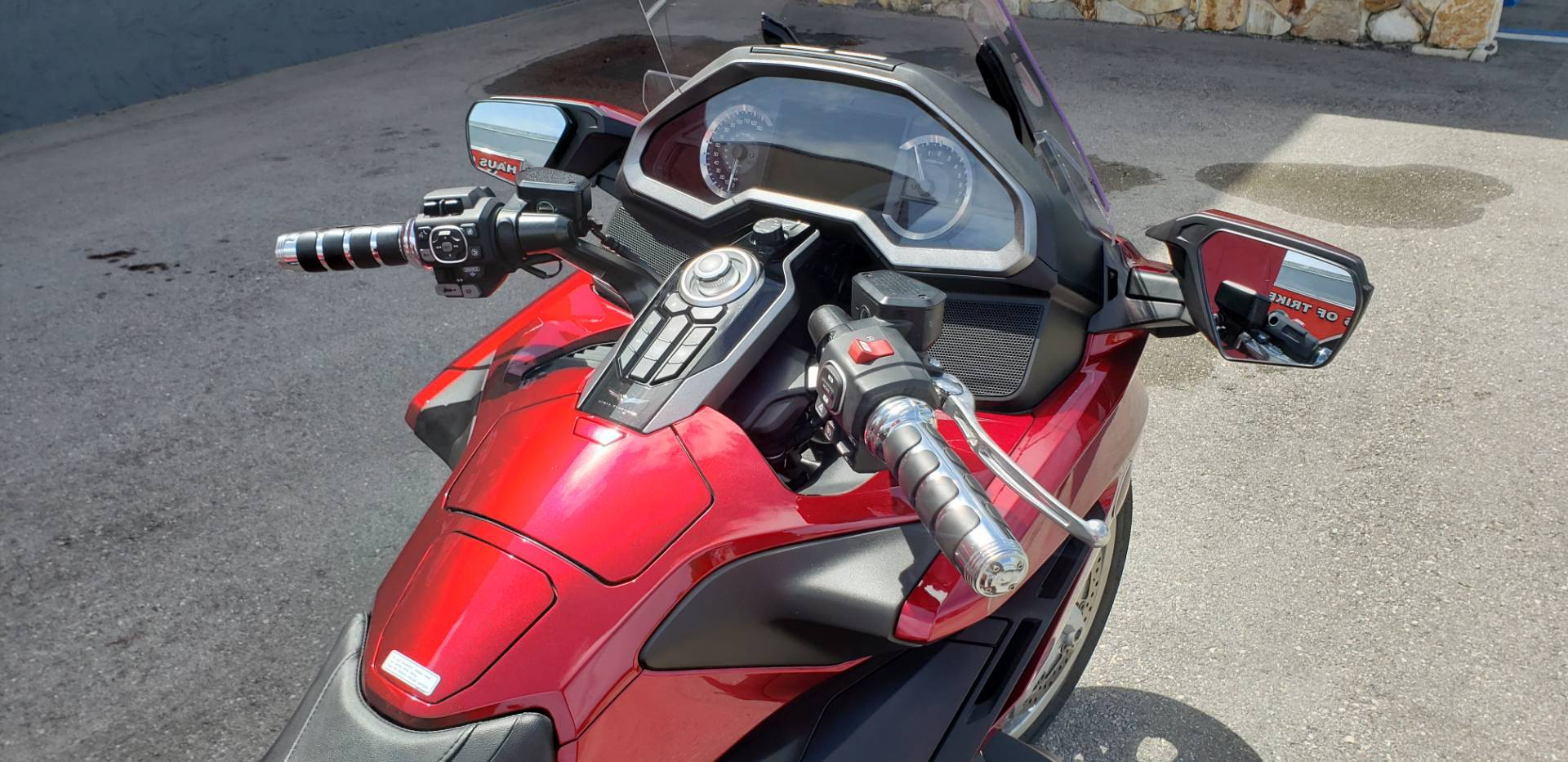 2018 HONDA Goldwing in Fort Myers, Florida - Photo 17